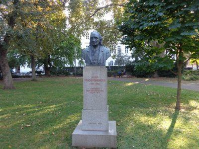Josef Madersperger Denkmal