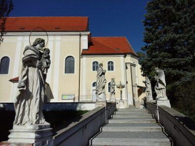 Kirchenstiege Wolkersdorf