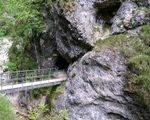 Höhle in der Almbachklamm