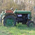 Alter Traktor in Schleinbach