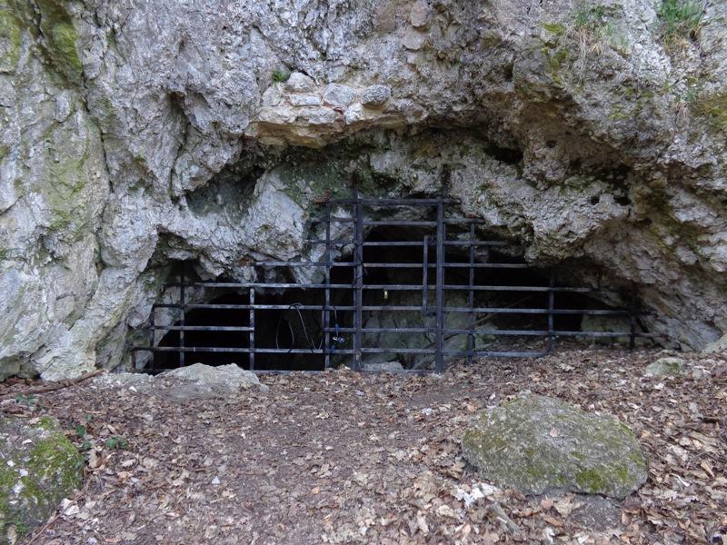Dreidärrischenhöhle