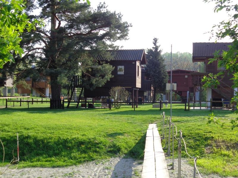 Ferienhäuser an der Donau