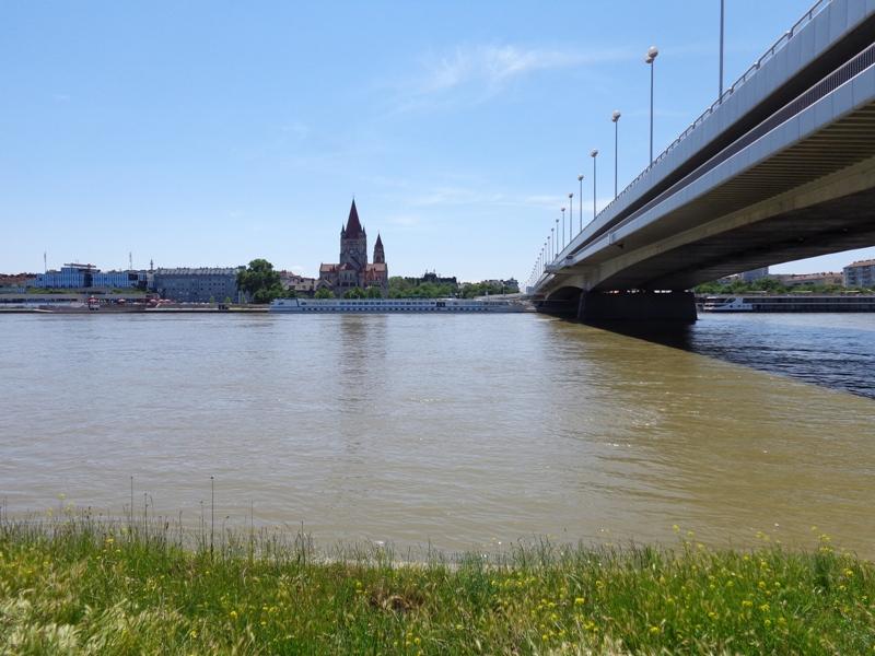 Mexikoplatz an der Donau