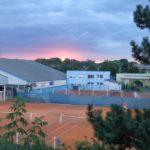 Abends am Tennisplatz