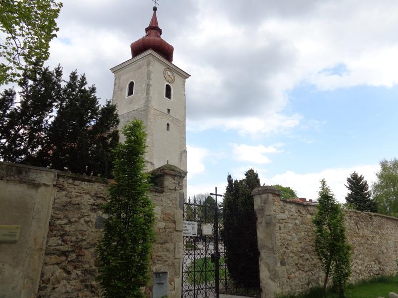 Friedhofsmauer Hl. Petronilla