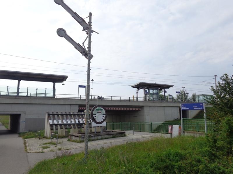 Doppelhaltestelle Obersdorf
