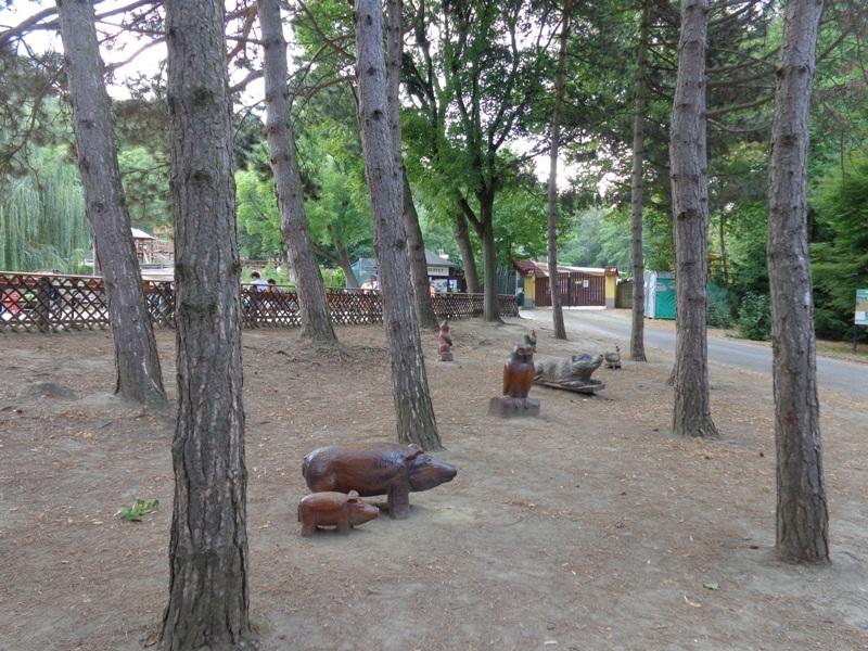 Holztiere in Pötzleinsdorf