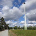 Großes Windrad beim Reuhof
