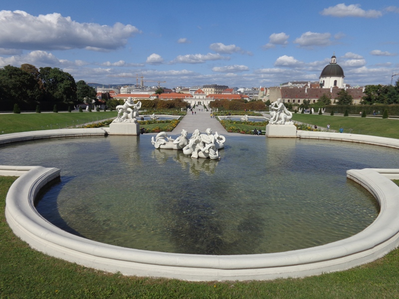 Kaskadenbrunnen am Belvedere