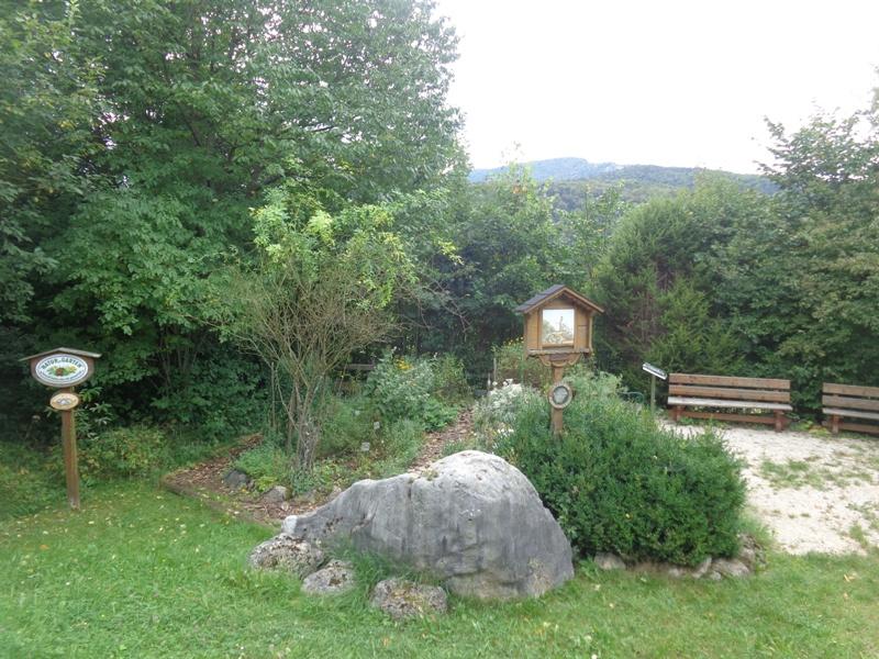 Naturgarten bei Scheuchenstein