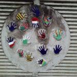 Bunte Hände