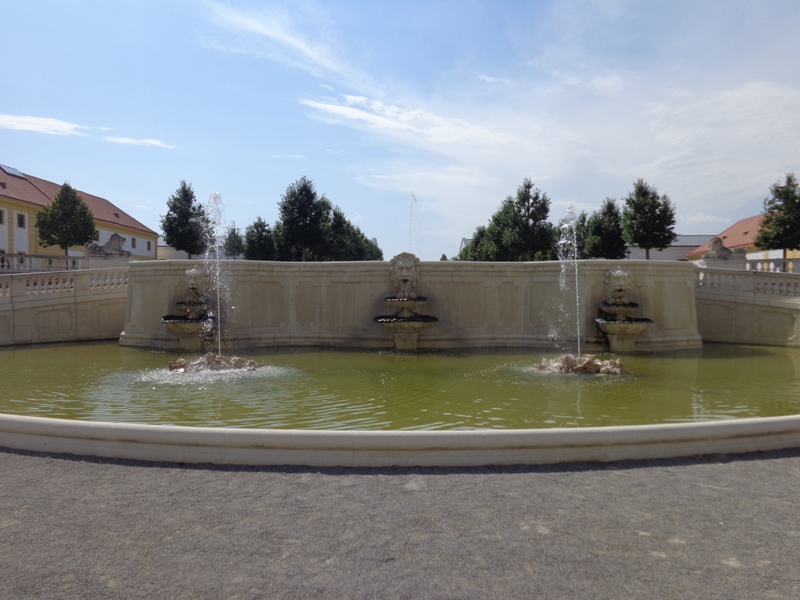 Neptunbrunnen beim Schloss Hof