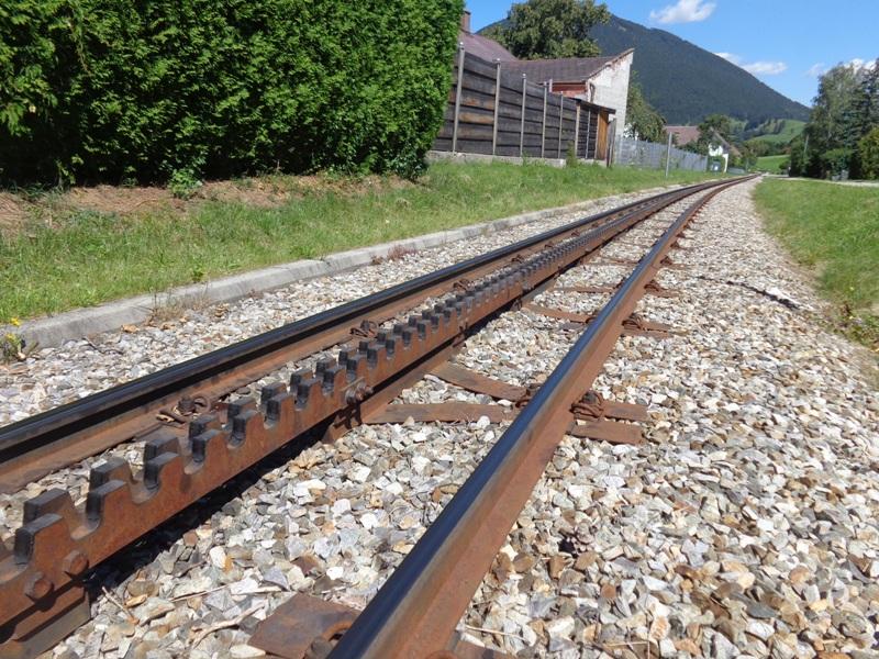 Gleise der Zahnradbahn