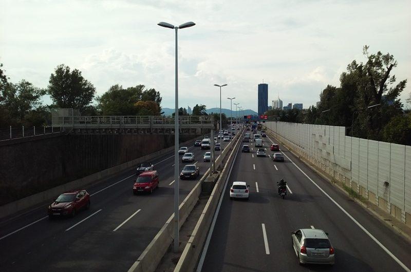 Autobahn bei der Donaustadtbrücke