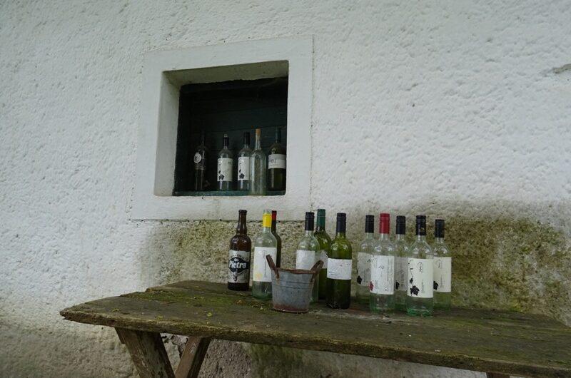 Weinflaschen in Münichsthal