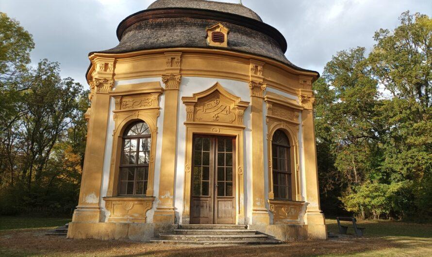 Pavillon im Schlosspark